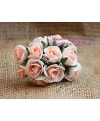 Букет роз 1,5 см  персиковый с белым